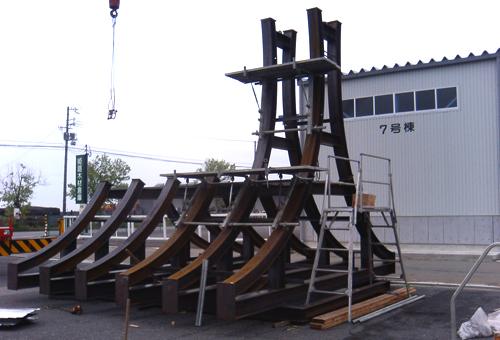 第2京阪道路小路トンネル工事 鋼製支保工